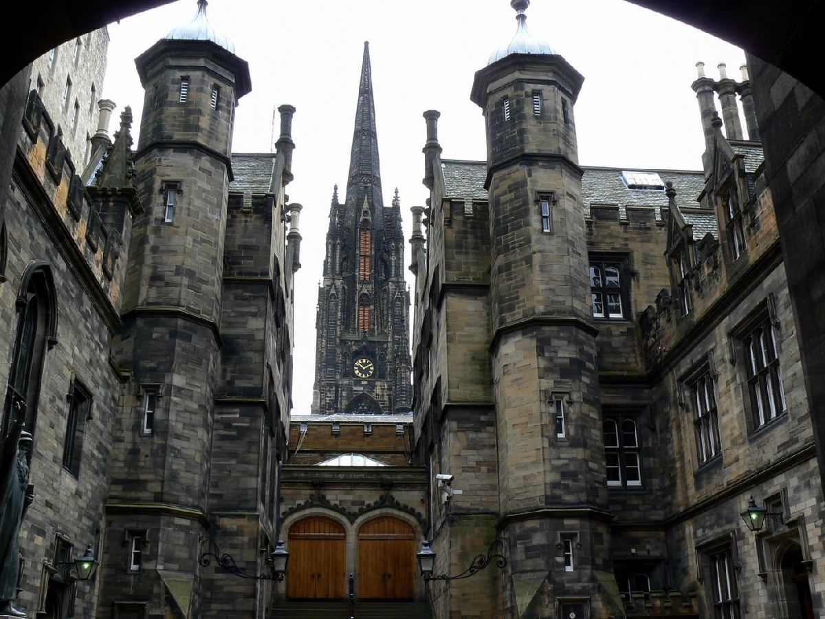 School of Divinity New College - Edinburgh - I